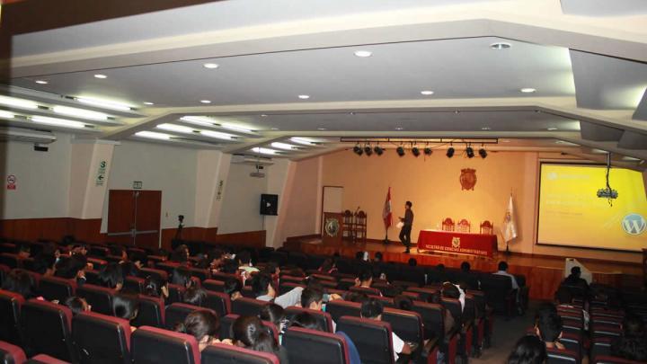 Conferencia para Emprendedores en la UNMSM